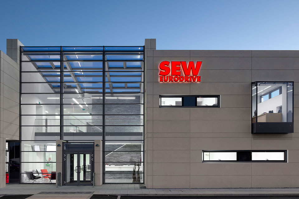 SEW, AHR, leeds engineer, RICS award, commercial